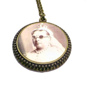 Antique Bronze Finish Steampunk Cameo Pendant